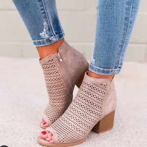 - LIZZIE Taupe Ankle Booties